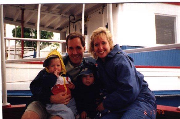 Cape_Family_boat