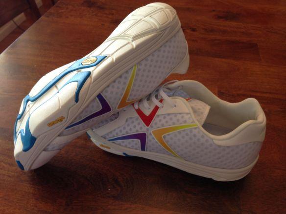 Airia Running Shoes1